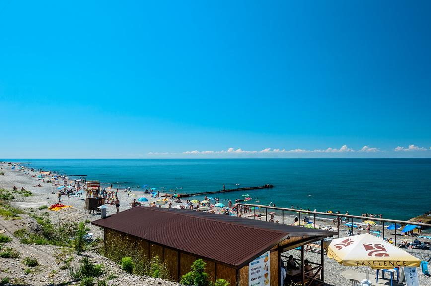 Пляж в поселке Головинка, Сочи