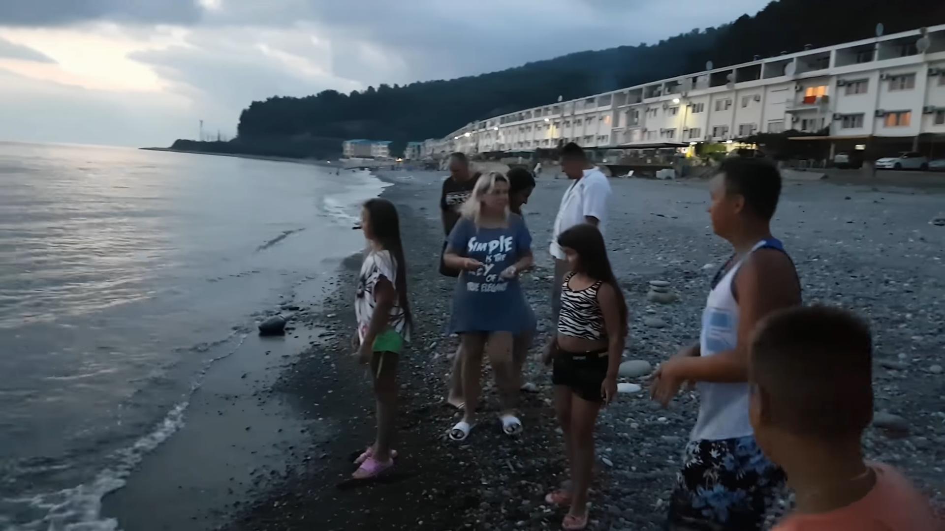 Пляжная зона Волконка