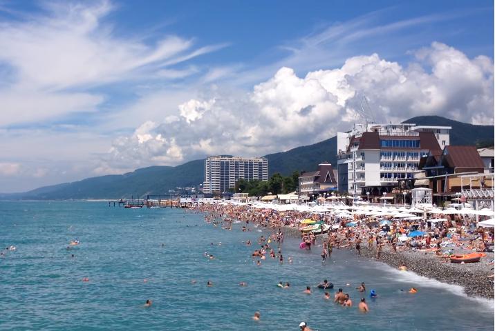 Центральный пляж Лазаревское